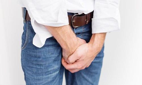 Водянка яичка у мужчин: особенности развития и лечения