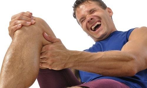 При натертостях боль становится нестерпимой